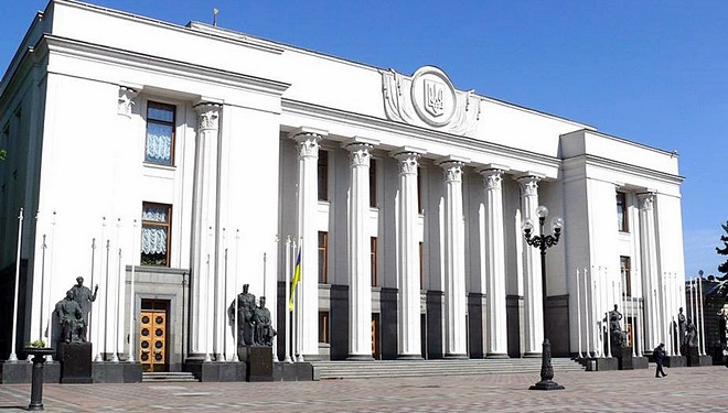Александр Урбанский о поддержке законопроекта об ответственности пешеходов за пользование средствами связи